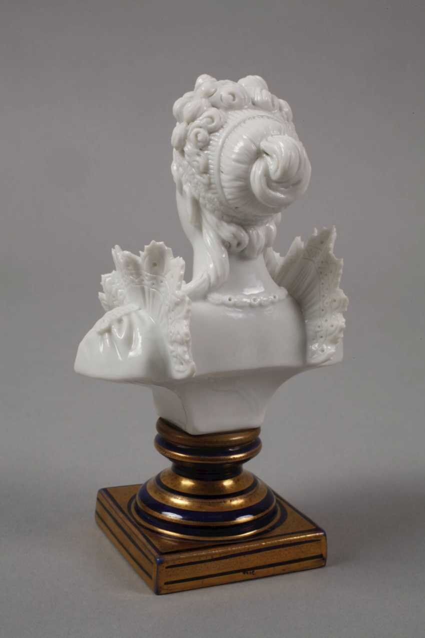 """Sevres small bust """"Josephine"""" - photo 3"""