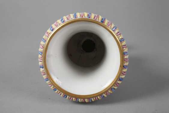 Crater vase in Capodimonte style - photo 5