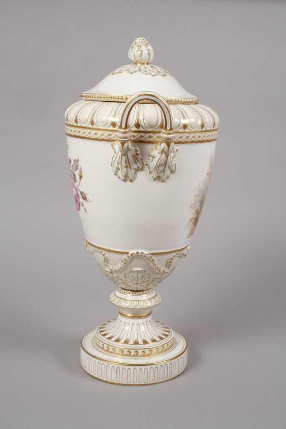 """KPM Berlin so-called """"Weimar Vase"""" - photo 3"""