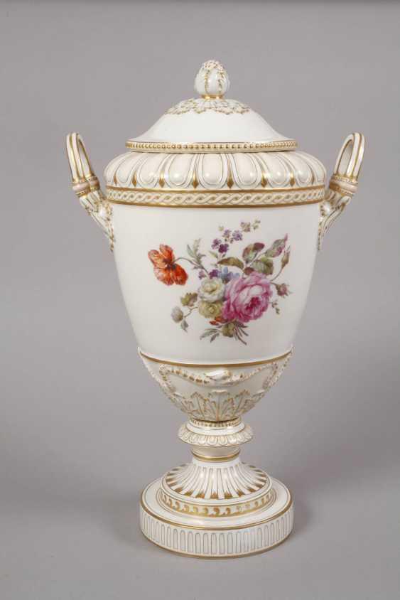 """KPM Berlin so-called """"Weimar Vase"""" - photo 4"""