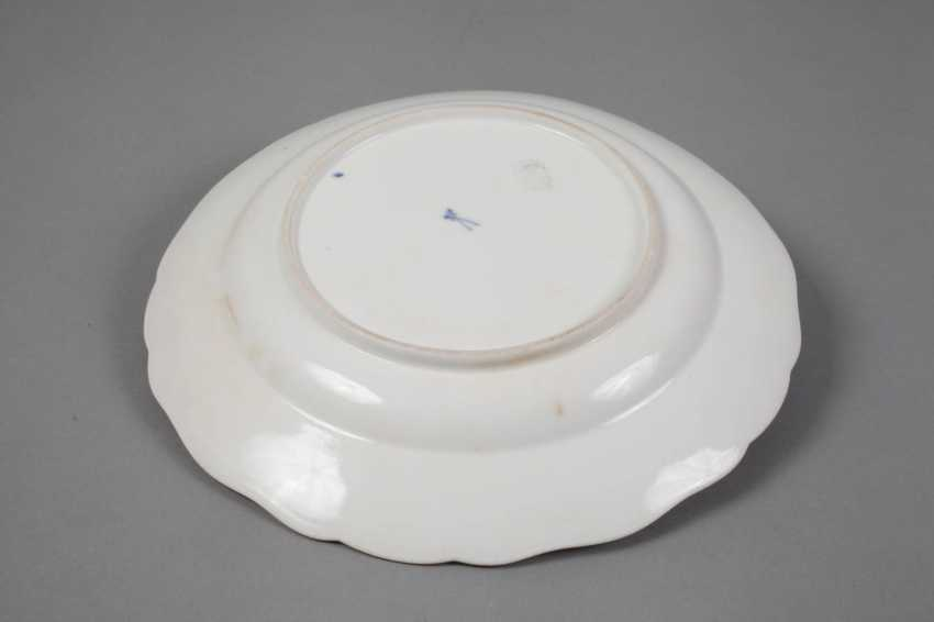"""Meissen dinner plate with a shadowed """"onion pattern"""" - photo 2"""