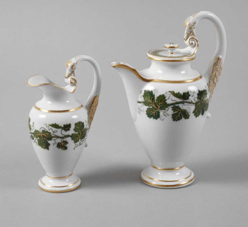 Meissen mocha pot and cream jug vine leaves decor - photo 1