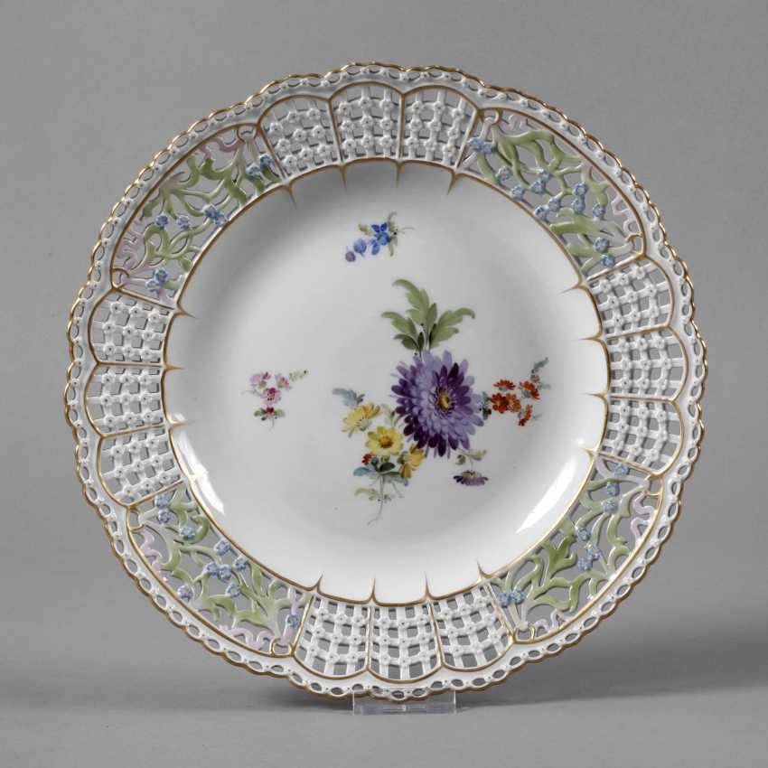 "Meissen Breakthrough Plate ""Flower 3"" - photo 1"