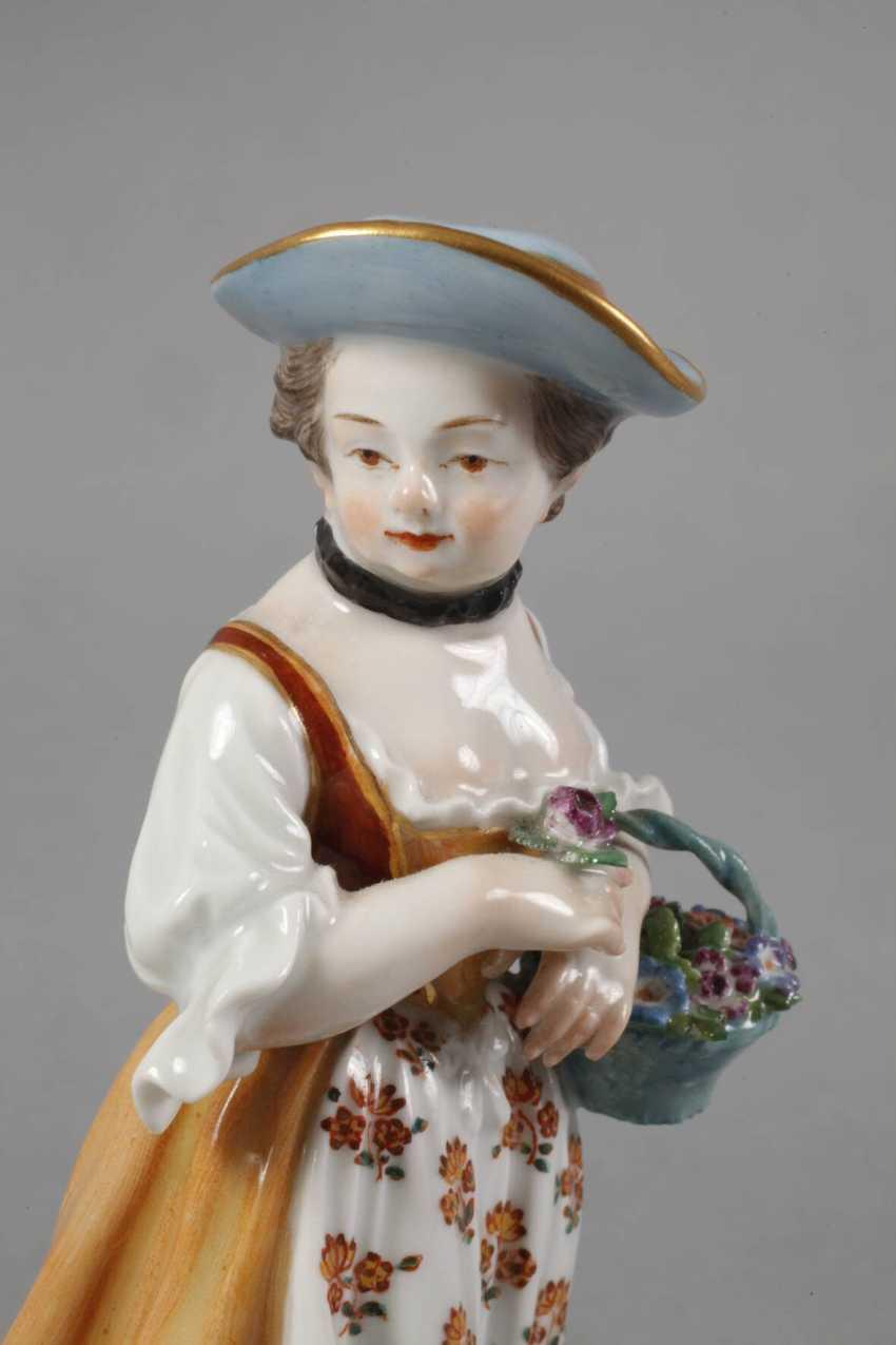 """Meissen """"gardener's child with flower basket"""" - photo 5"""