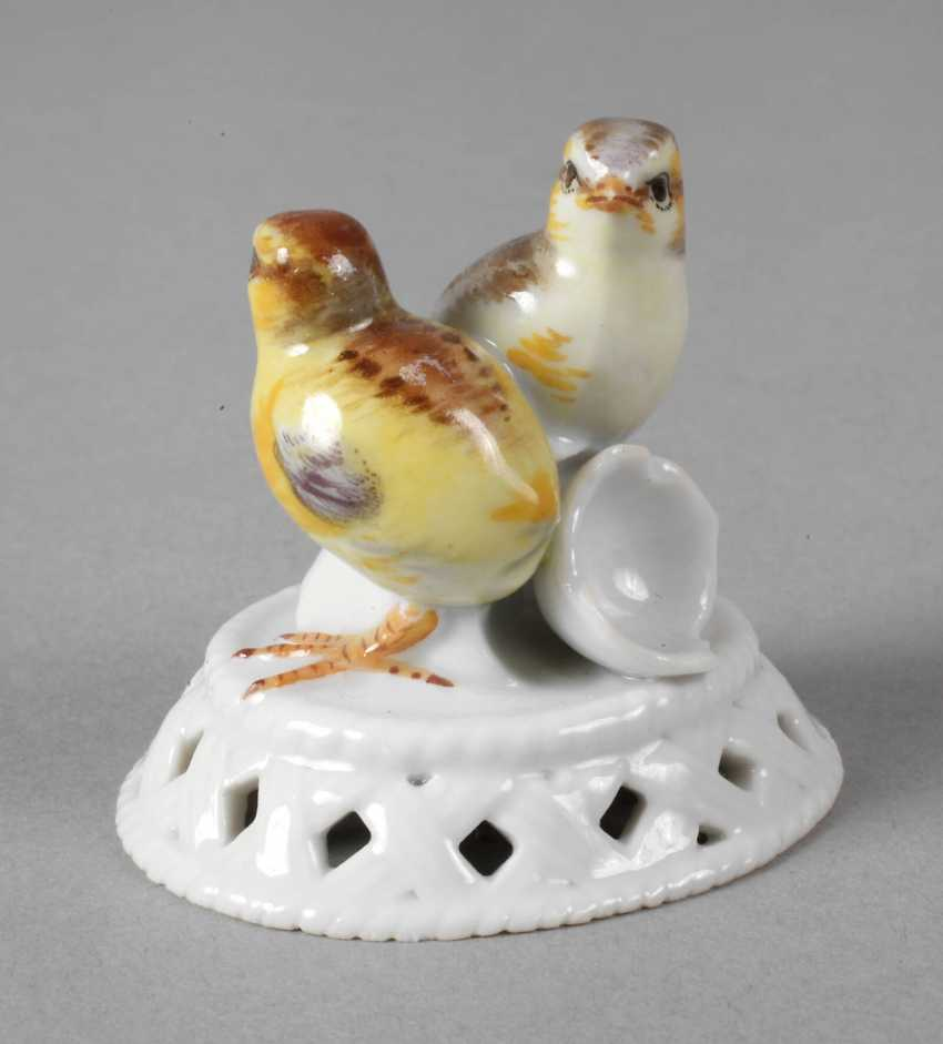 """Meissen """"Two Chicks on Cup"""" - photo 1"""