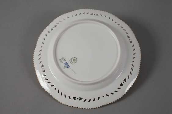 Royal Copenhagen, dinner plate Flora Danica - photo 2