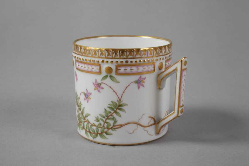 "Royal Copenhagen Kaffeetasse mit Untertasse ""Flora Danica"" - photo 5"