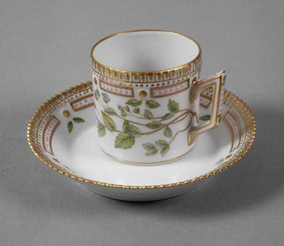 Sammeltasse Kaffeetasse mit Untertasse Royal Copenhagen um 1900