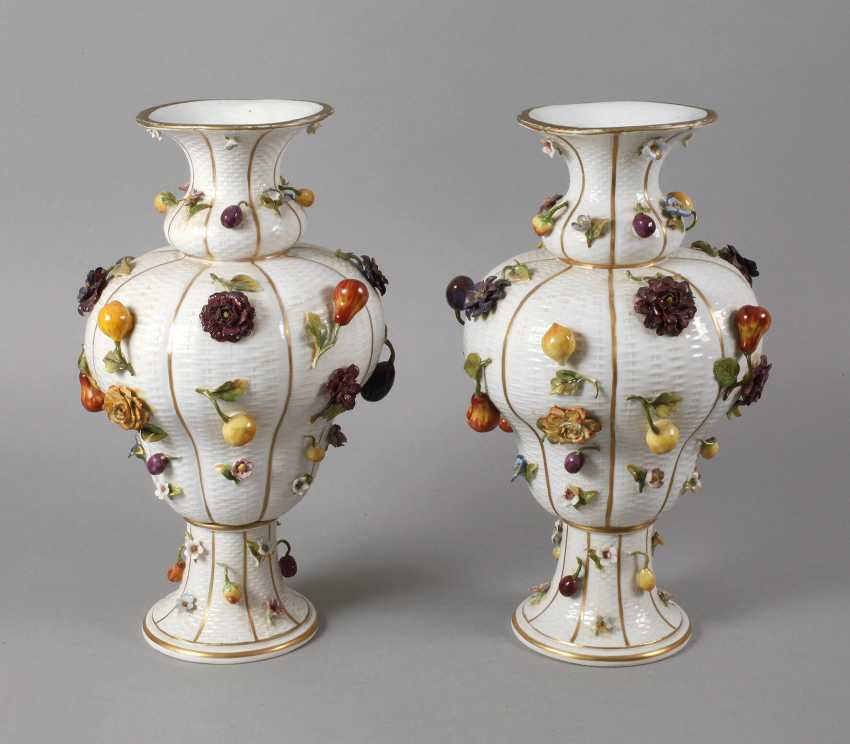 Thuringia large vase couple with flowers and fruits decoration - photo 1