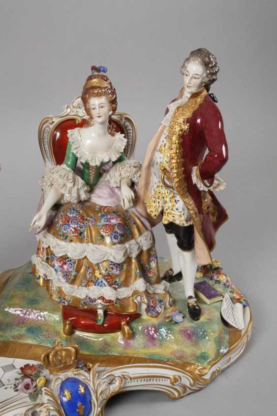 """Volkstedt monumental figure group """"Royal audience"""" - photo 4"""