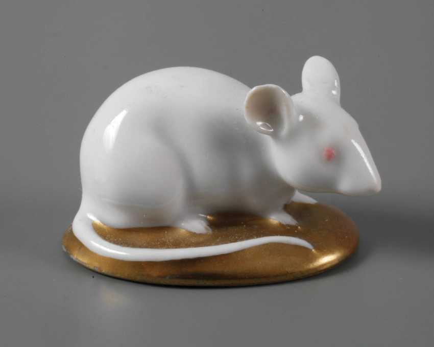 Karl Ens Volkstedt Miniature Mouse - photo 1