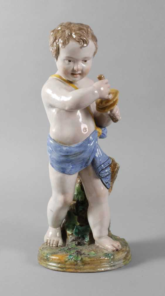 Large Putto with Clamps - photo 1