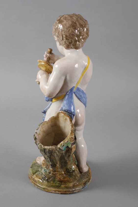 Large Putto with Clamps - photo 3
