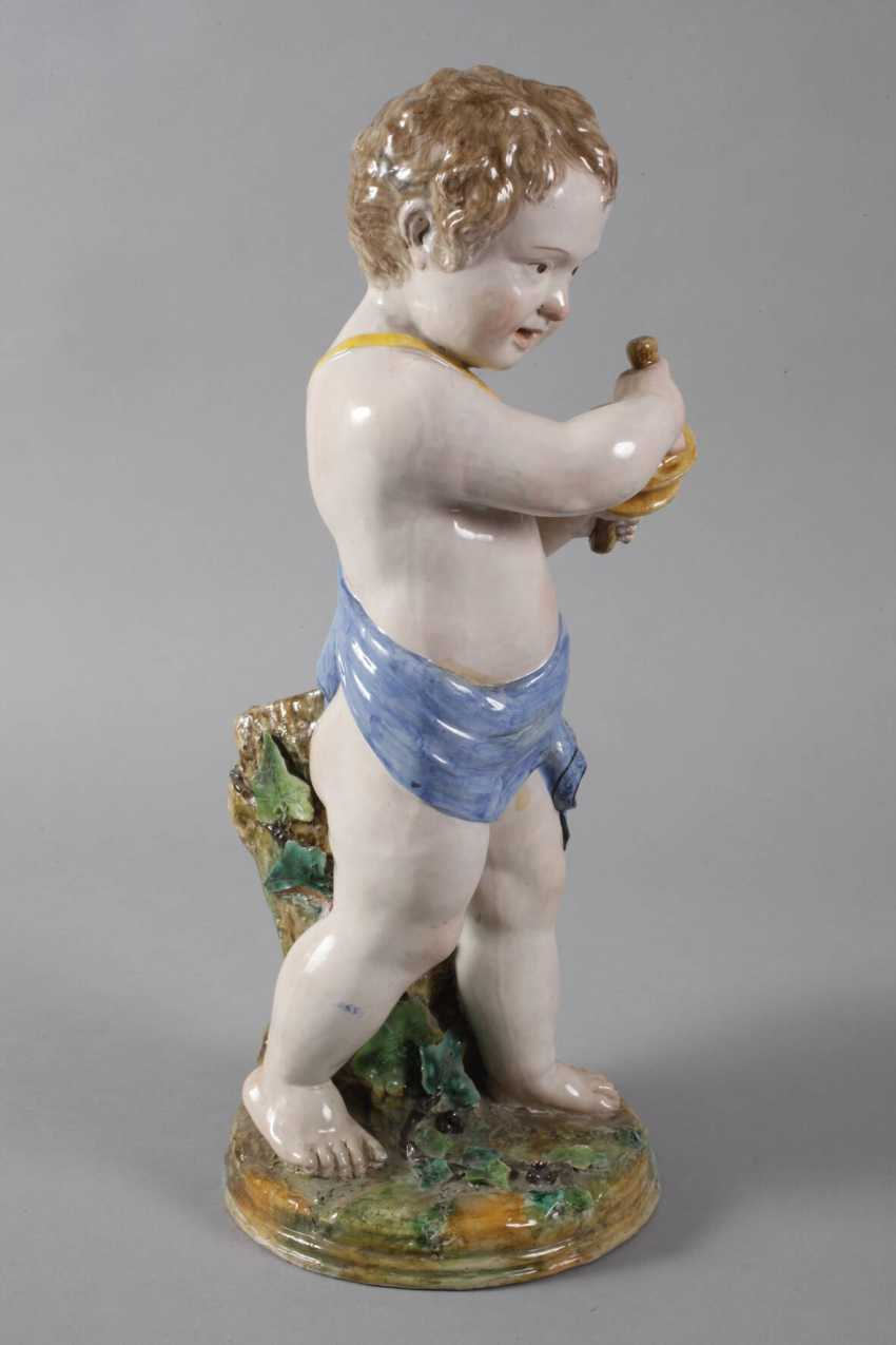 Large Putto with Clamps - photo 4