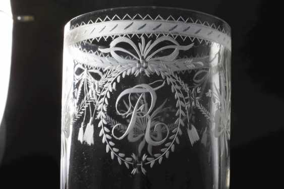 Two neo-classical drinking glasses - photo 2