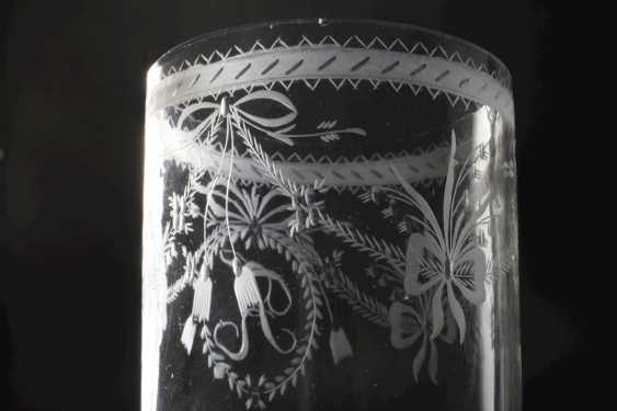 Two neo-classical drinking glasses - photo 3