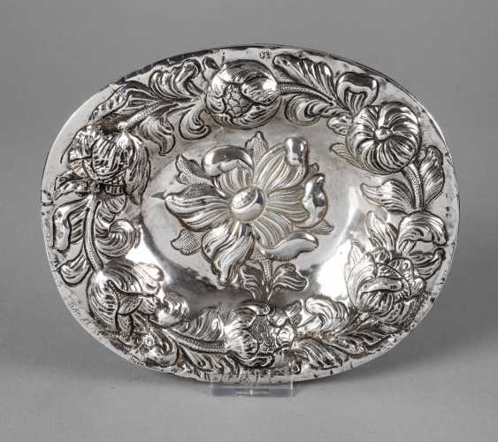 Silver Baroque display plate - photo 1