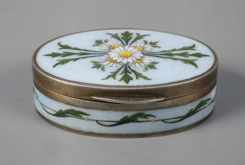 Vienna small pill box enamel decor - photo 1