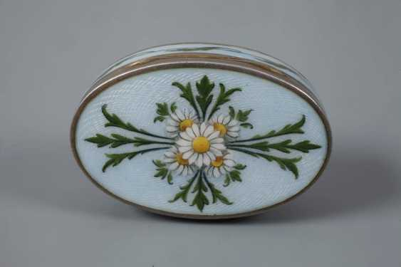 Vienna small pill box enamel decor - photo 2