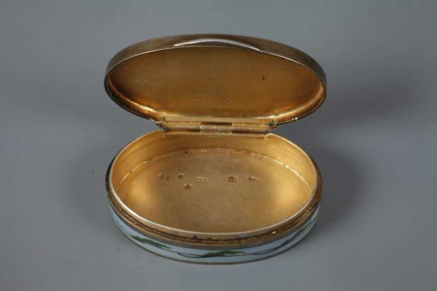 Vienna small pill box enamel decor - photo 3