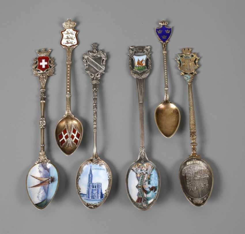 Six Souvenir Spoons - photo 1