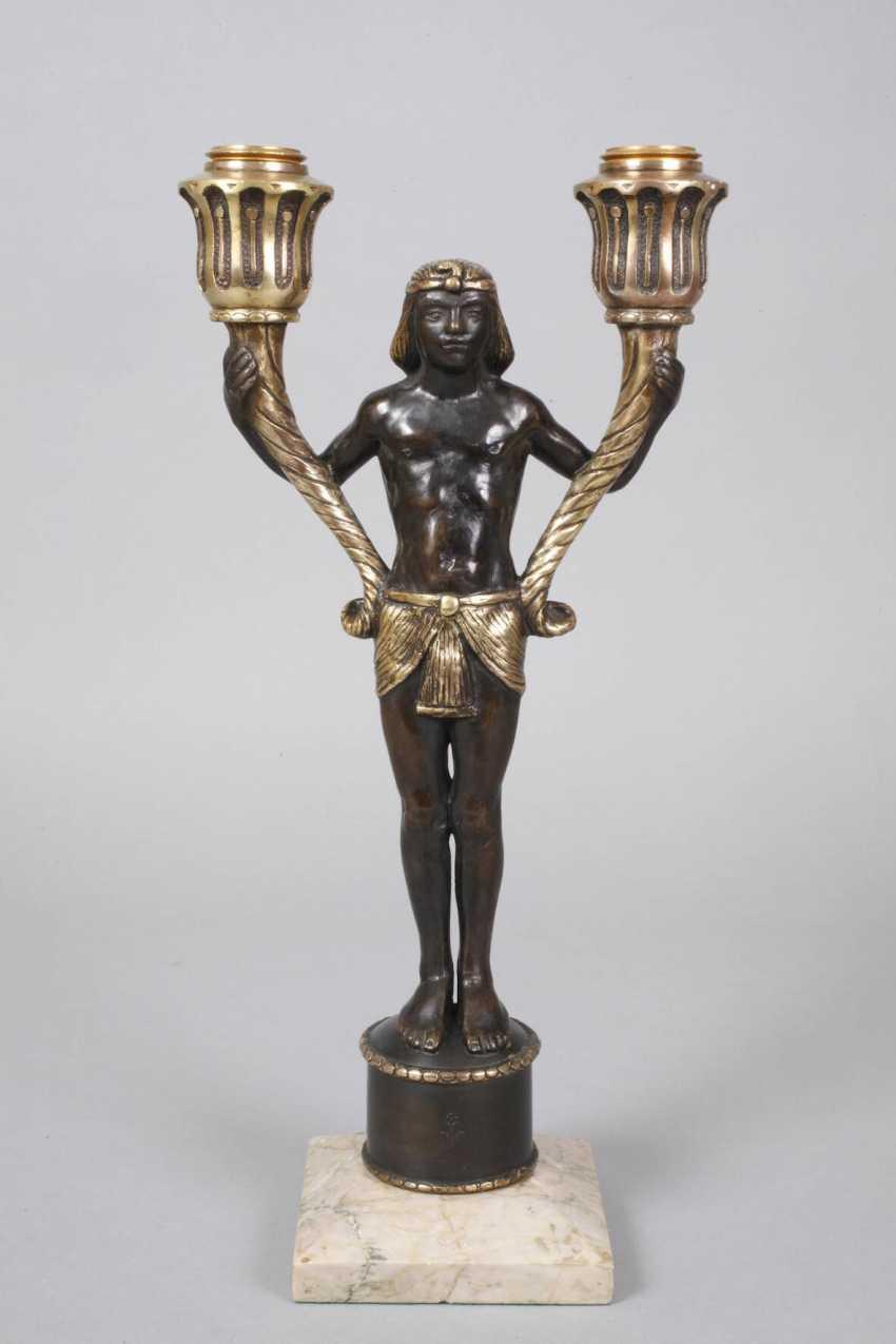 Pair of figural candelabras Bronze - photo 2