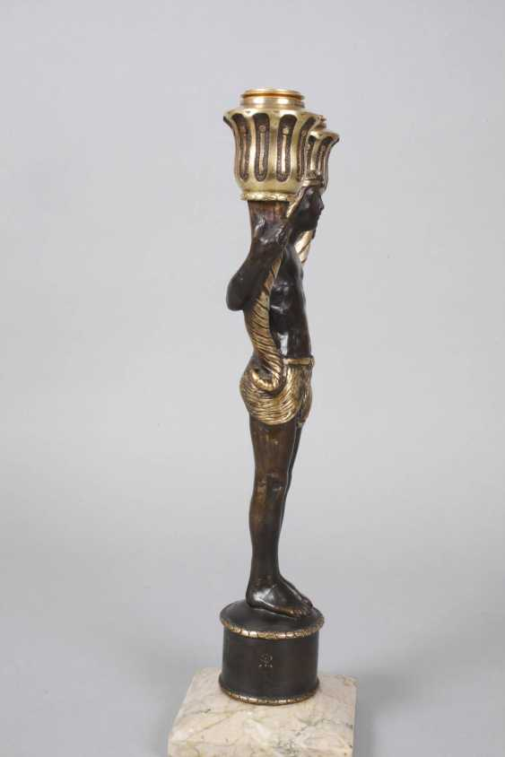 Pair of figural candelabras Bronze - photo 3
