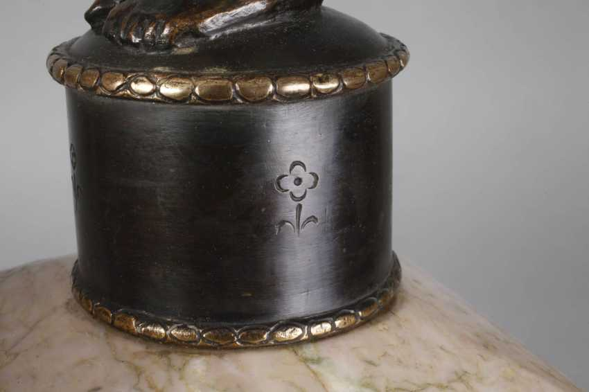 Pair of figural candelabras Bronze - photo 6