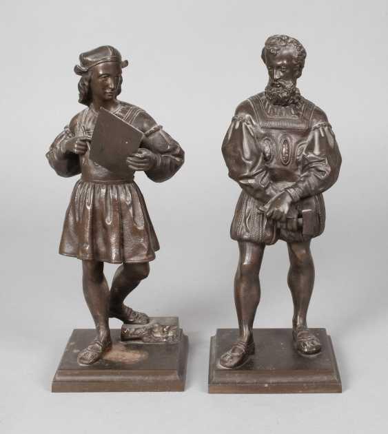 Pair Of Cast Iron Figures - photo 1