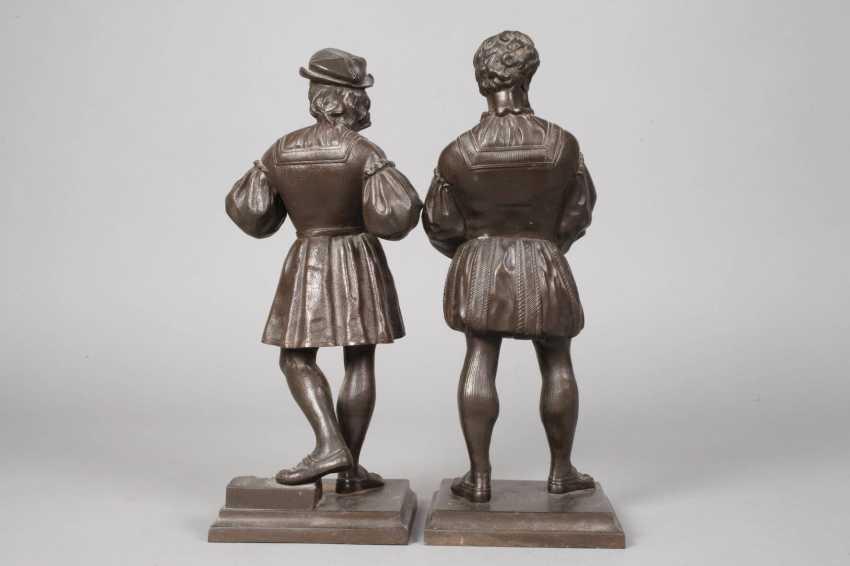 Pair Of Cast Iron Figures - photo 4