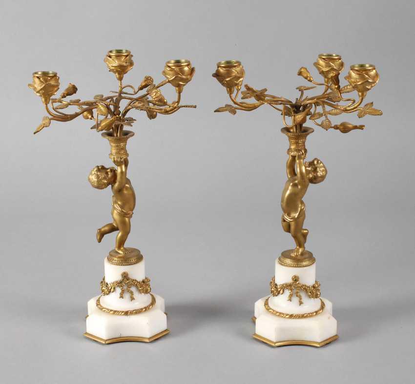 Pair of bronze chandeliers with cherubs - photo 1