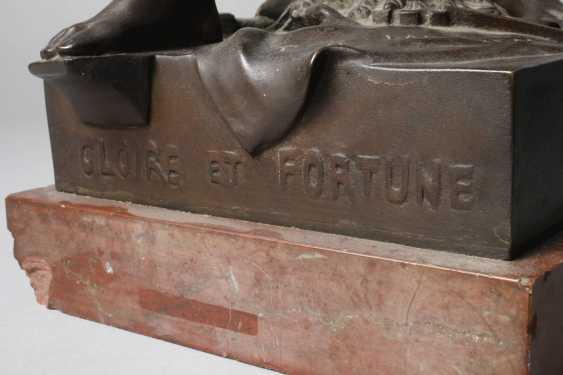 """Emile Louis Picault, """"Per Laborem"""" - photo 12"""