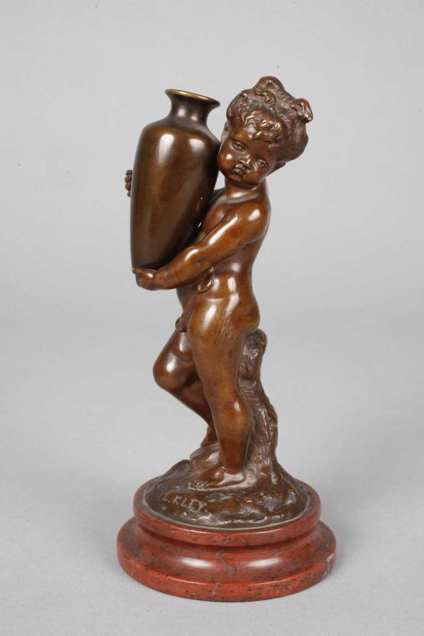 Louis Kley, Putto mit Vase - photo 2