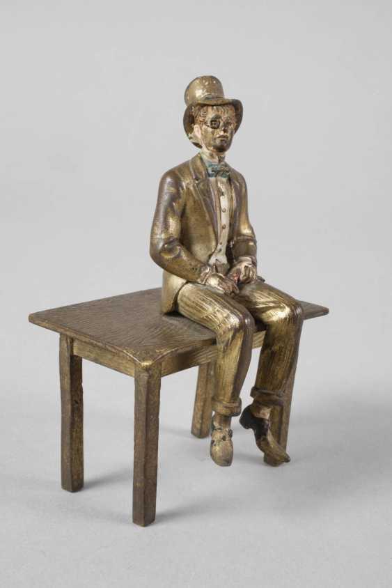 Vienna Bronze sitting Lord - photo 2