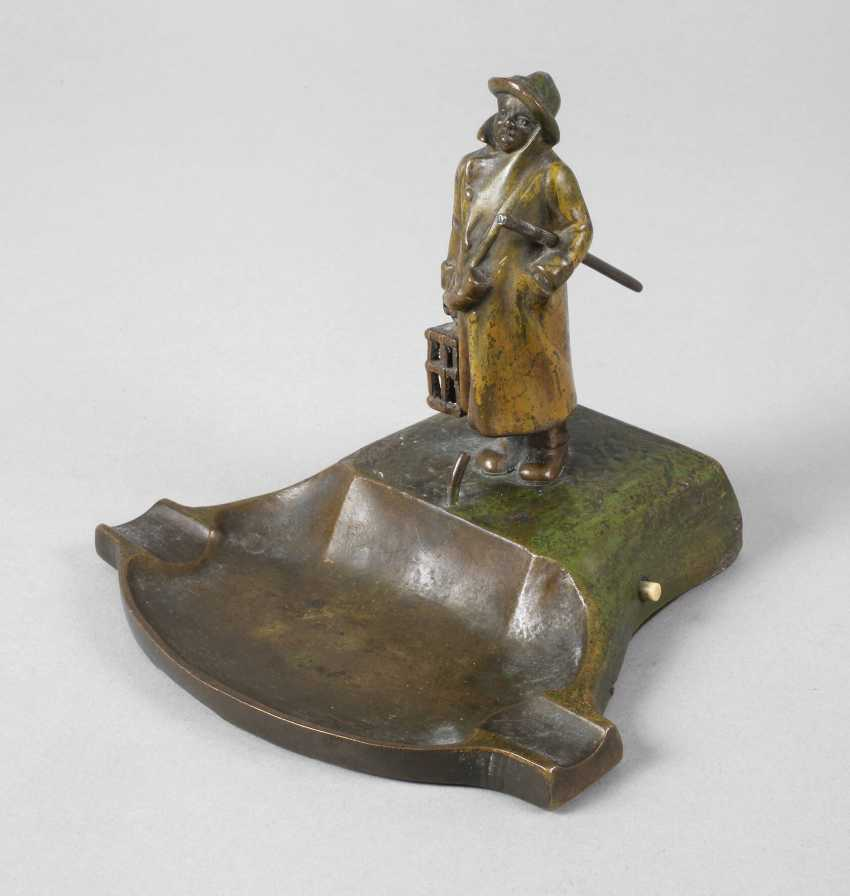 Vienna Bronze table bell with night watchman - photo 1