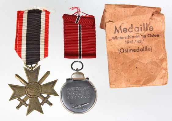 Kriegsverdienstkreuz u. Ostmedaille - photo 1