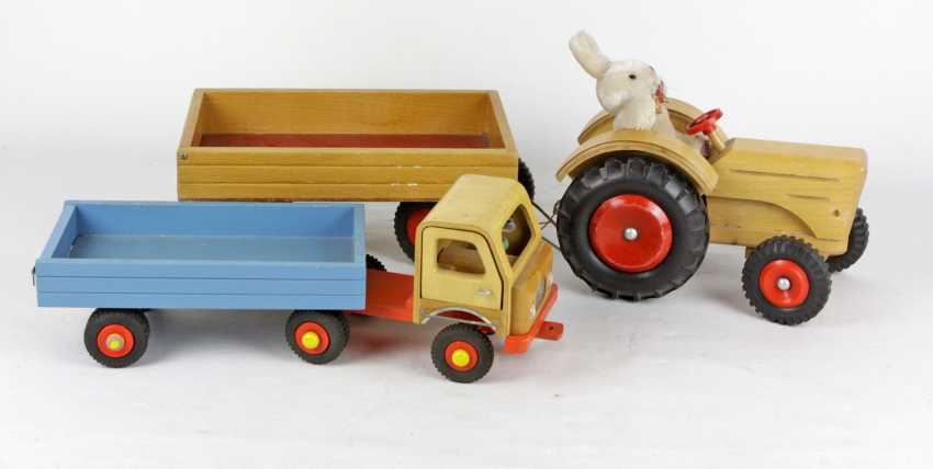 Holztraktor u. LKW mit Anhänger - photo 1