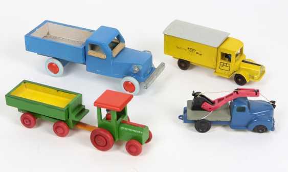 4 Modellautos - photo 1