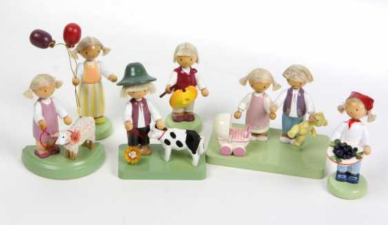 6 Flade Figuren mit Flachshaaren - photo 1