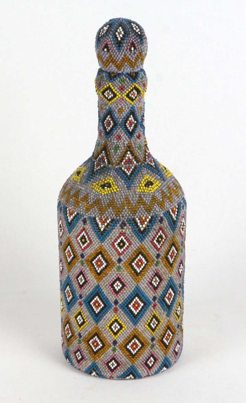 Flasche mit Glasperlstickerei um 1880 - photo 1