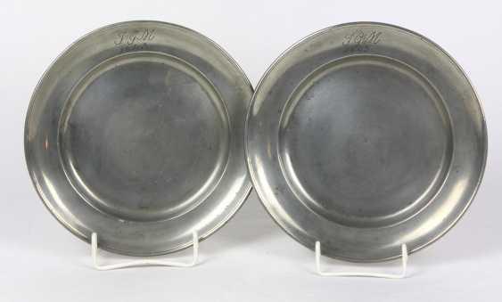 Zinntellerpaar Biedermeier um 1840 - photo 1