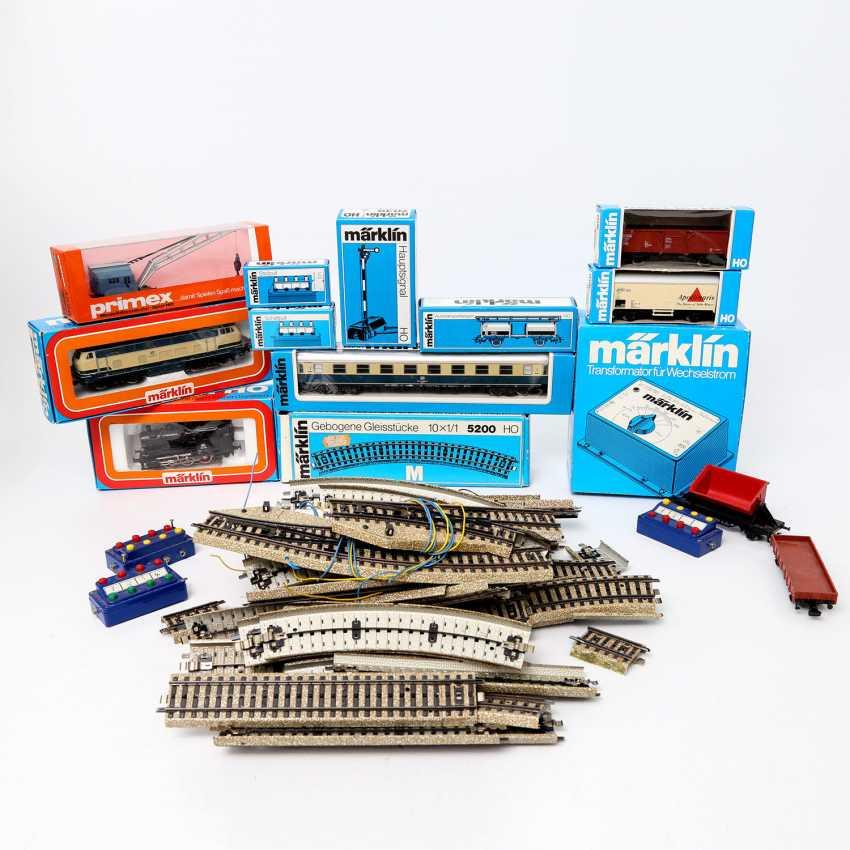 Mostly MÄRKLIN mixed lot of railway accessories, gauge H0, - photo 1