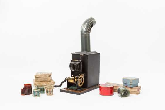 BING magic lantern/cinematograph with accessories, early 20's. Century, - photo 1
