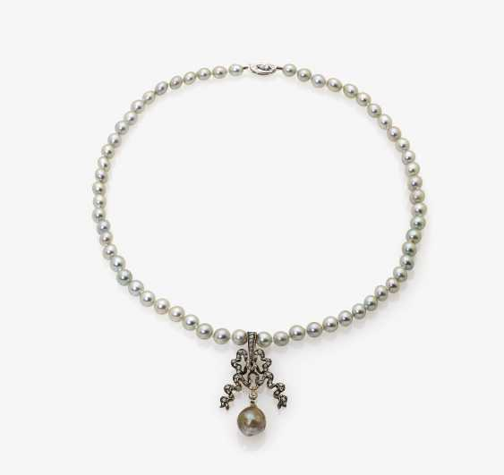 Cultured pearl necklace with bow shaped pendant - photo 2