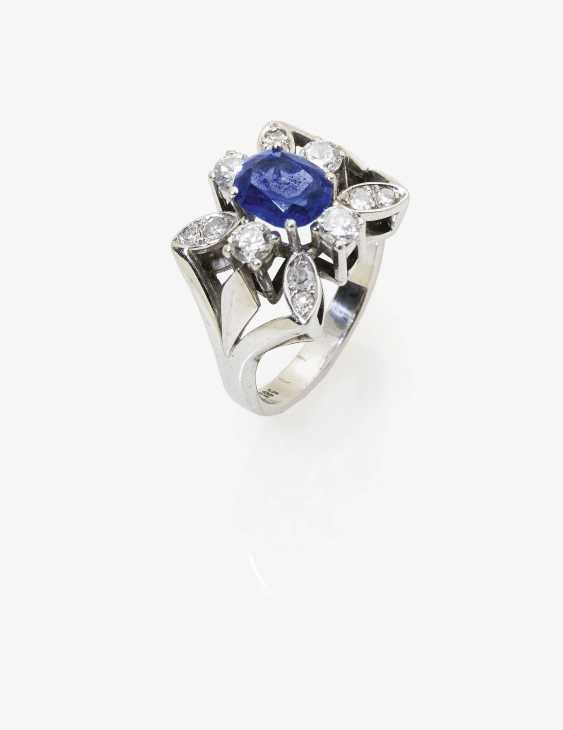 Ring with tanzanite and diamonds - photo 1