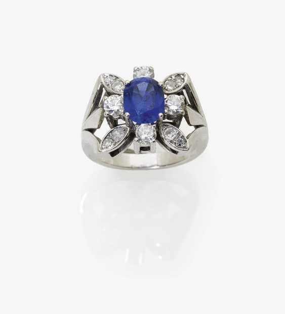 Ring with tanzanite and diamonds - photo 2