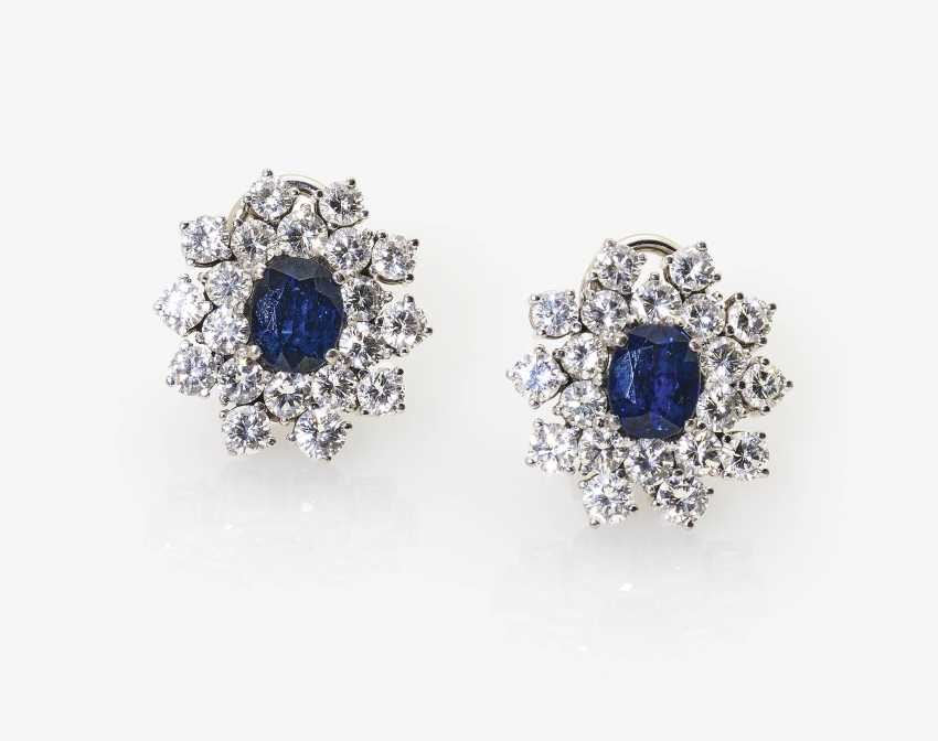 A Pair of stud prong plug with diamonds and sapphires - photo 1