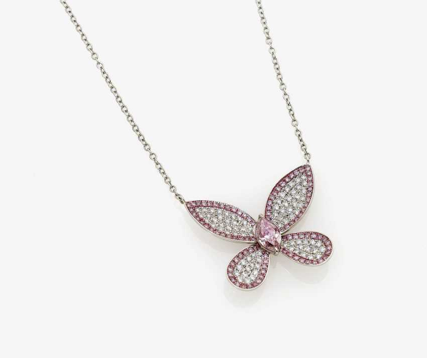 """Shorty-necklace """"butterfly"""" with natural Pink and Purple-Pink diamonds and white diamonds - photo 2"""