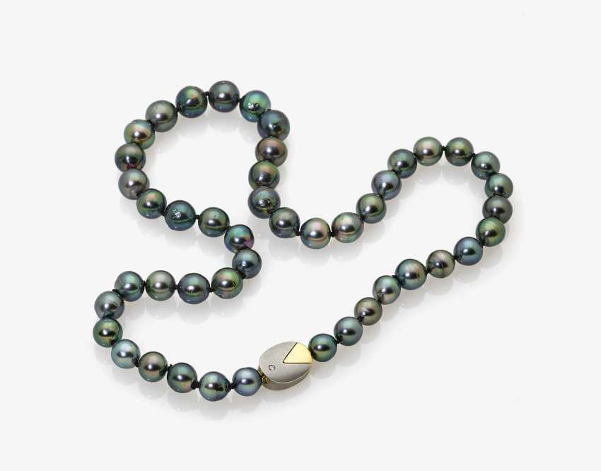 Tahitian cultured castle pearl necklace with Brilliant - photo 2