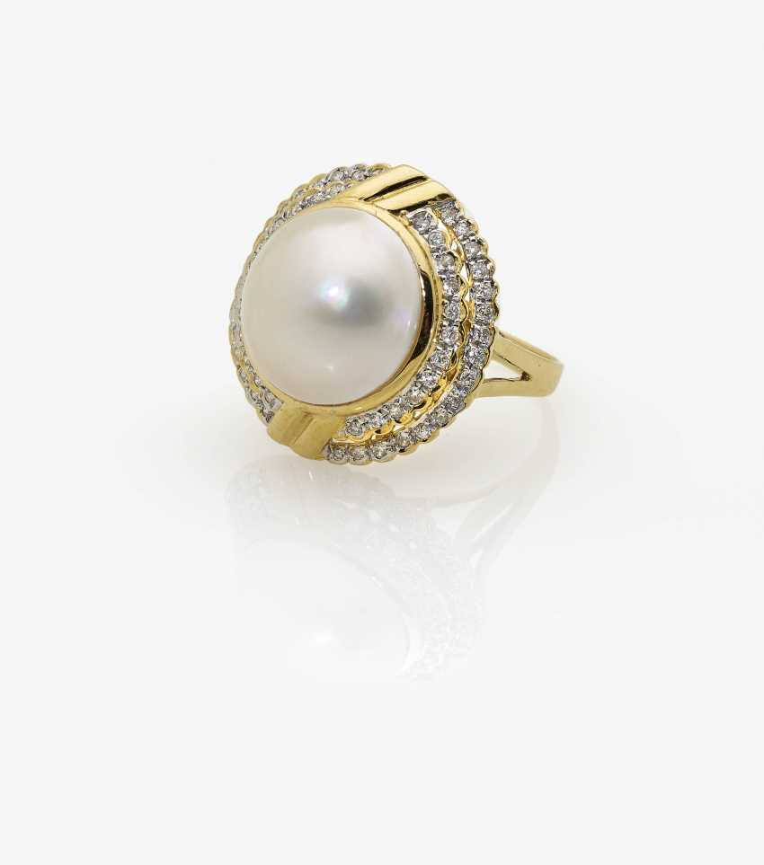 Ring, with a Mabé-cultured pearl and diamonds - photo 2